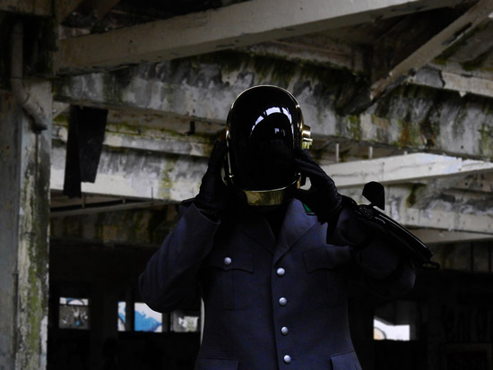 LoveProps Daft Punk Helmet Casco Manuel DIY dark stage